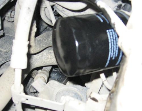 Самостоятельна замена масла в двигателе Форд Фиеста
