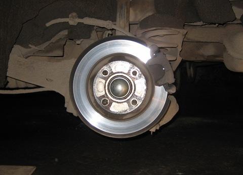 Самостоятельная замена задних тормозных колодок Форд Фокус 1