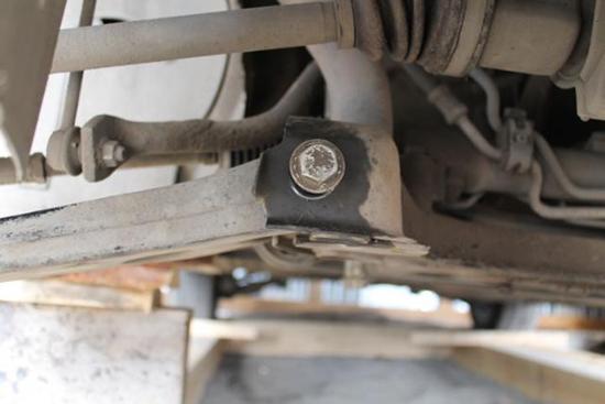 Замена шаровой опоры Форд Фокус 2 своими руками
