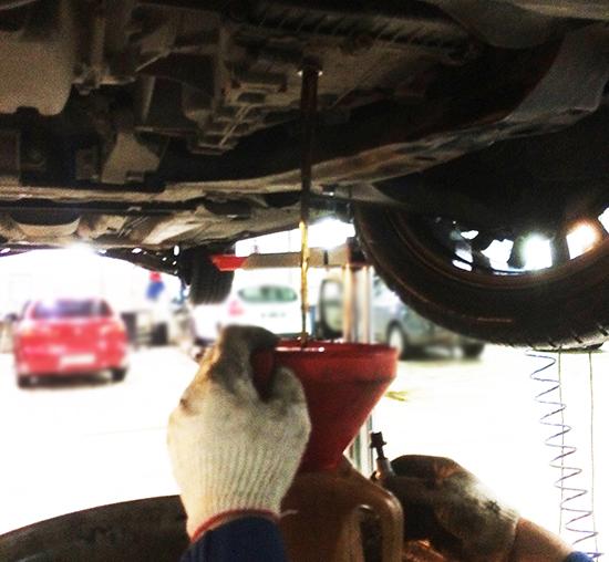 Замена масла в АКПП Форд Мондео своими руками