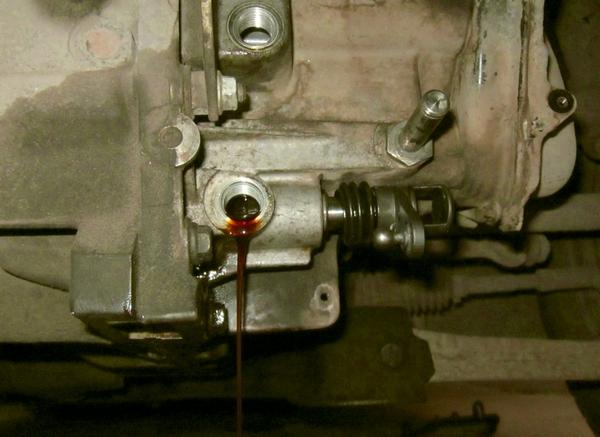Как заменить сальник КПП Ford Focus 2