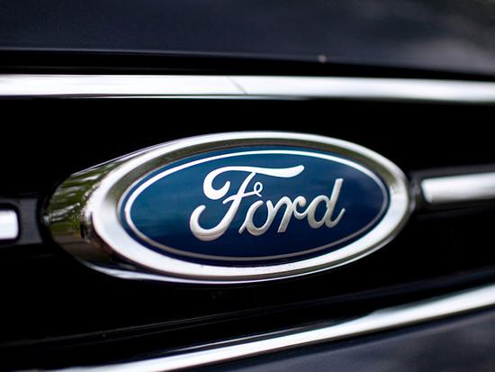 Форд создаст достойного конкурента для гибрида Toyota Prius