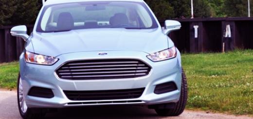 """Гибриды Ford будут распознавать """"зеленые зоны"""" и смогут выбрать режим в зависимости от местности"""