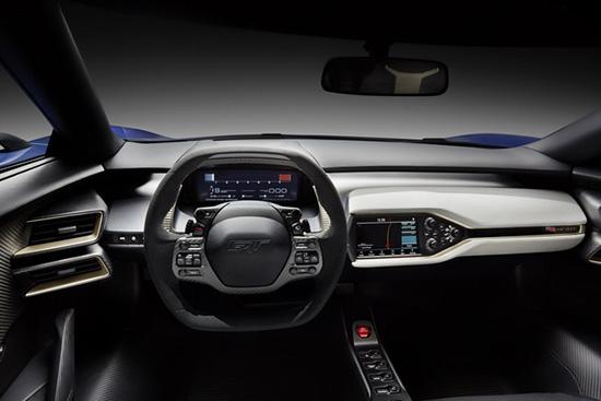 Салон новго Ford GT